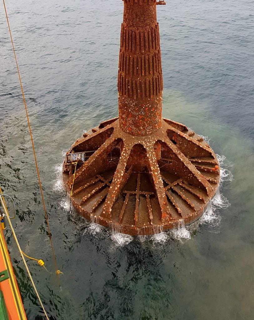 DoggerBank met mast removal